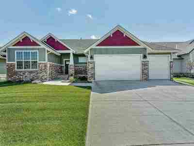 Wichita Single Family Home For Sale: 3813 N Estancia Ct.