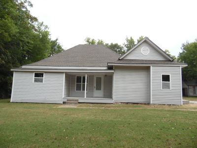 Mulvane Single Family Home For Sale: 612 Emery St