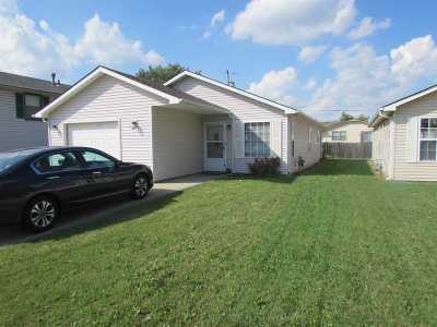 Sedgwick County Single Family Home For Sale: 2622 W Maxwell Ave