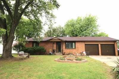 Haysville Single Family Home For Sale: 217 N Jane St