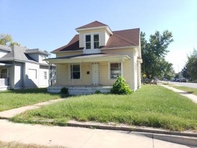 Hutchinson Single Family Home For Sale: 501 E 6th Ave