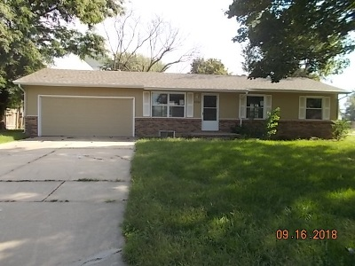 Sedgwick County Single Family Home For Sale: 6330 N Tarrytown