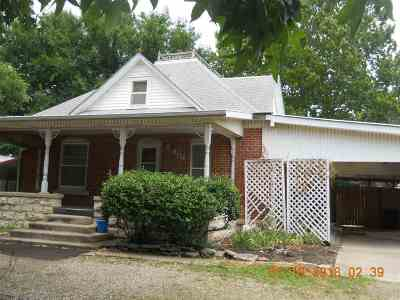 Winfield Single Family Home For Sale: 404 Millington St