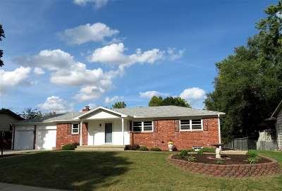 Derby Single Family Home For Sale: 924 E Morrison Dr