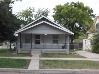 Newton Single Family Home For Sale: 321 Allison St