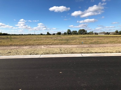 Wichita Residential Lots & Land For Sale: 1705 N Thoroughbred Cir