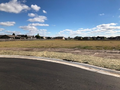 Wichita Residential Lots & Land For Sale: 1714 N Thoroughbred Cir