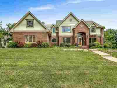 Wichita Single Family Home For Sale: 13000 E Pinehurst Dr