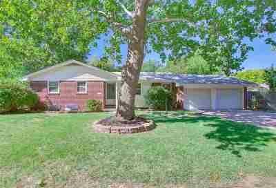 Wichita Single Family Home For Sale: 9514 W Shade Ct