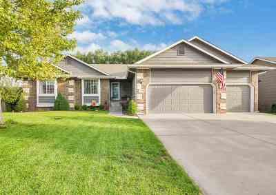 Wichita Single Family Home For Sale: 3554 N Lake Ridge Ct.