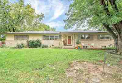 Single Family Home For Sale: 970 N Valleyview St.