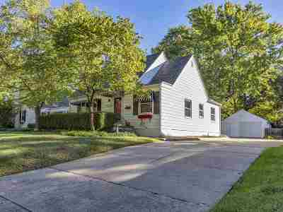 Wichita Single Family Home For Sale: 222 N Bleckley Dr