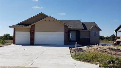 Maize Single Family Home For Sale: 601 S Horseshoe Bend