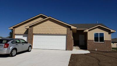 Maize KS Single Family Home For Sale: $217,000