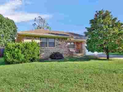 Augusta Single Family Home For Sale: 612 E Belmont