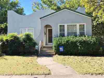 Newton Single Family Home For Sale: 425 N Duncan St