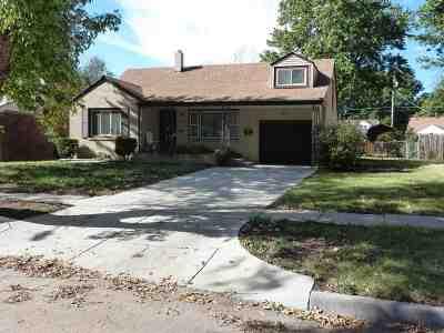 Wichita Single Family Home For Sale: 643 Lexington Rd