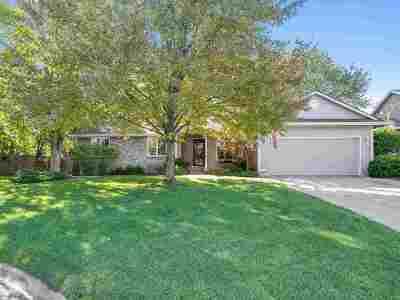 Wichita KS Single Family Home For Sale: $163,000