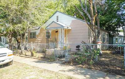 Single Family Home For Sale: 2618 S Fees St