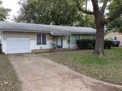 Haven Single Family Home For Sale: 514 E 2nd St