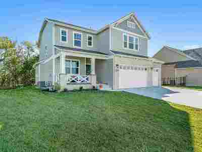 Andover Single Family Home For Sale: 2334 N Lakeside Cir