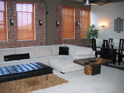Wichita Condo/Townhouse For Sale: 151 N Rock Island St