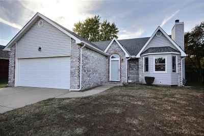 Wichita Single Family Home For Sale: 213 N Winterset St