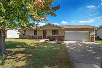 Wichita Single Family Home For Sale: 3018 S Custer