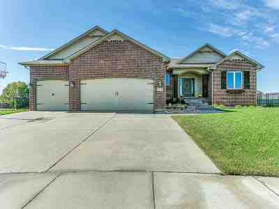 Wichita Single Family Home For Sale: 2213 N Burning Tree St
