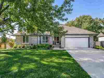 Single Family Home For Sale: 209 S Crosswood Ln
