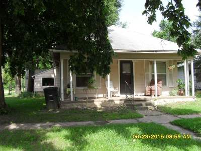 Arkansas City Single Family Home For Sale: 1225 S 3rd