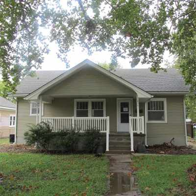 Hutchinson Single Family Home For Sale: 614 W 17th Ave