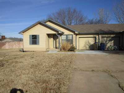 Douglass Single Family Home For Sale: 808 E 3rd St.