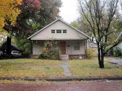 Newton Single Family Home For Sale: 618 E 6th St