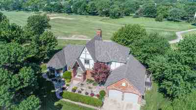 Wichita Single Family Home For Sale: 2517 N Plumthicket Ct