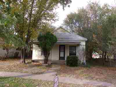 Arkansas City Single Family Home For Sale: 123 S 8