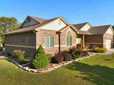 Atlanta Single Family Home For Sale: 4717 SE 180th St