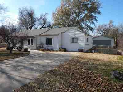 Wichita Single Family Home For Sale: 233 N Elder