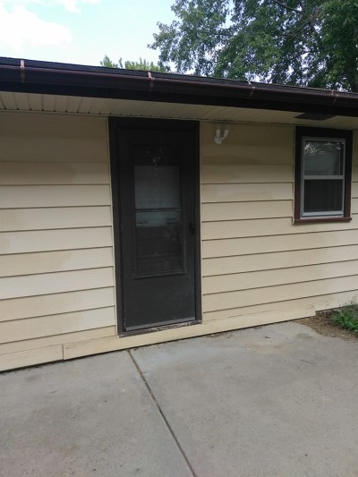 Andover KS Single Family Home For Sale: $107,000