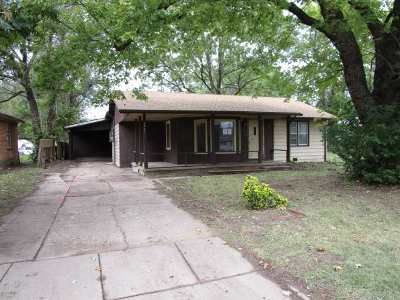 Wichita KS Single Family Home For Sale: $56,000