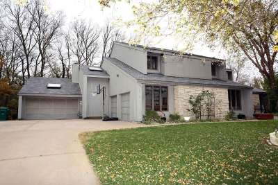 Wichita Single Family Home For Sale: 1700 S Tamarisk Dr