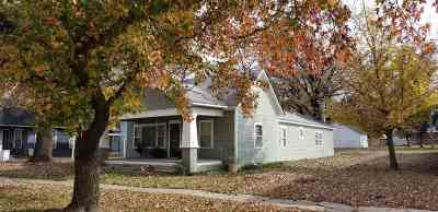 Belle Plaine Single Family Home For Sale: 618 N Linden St