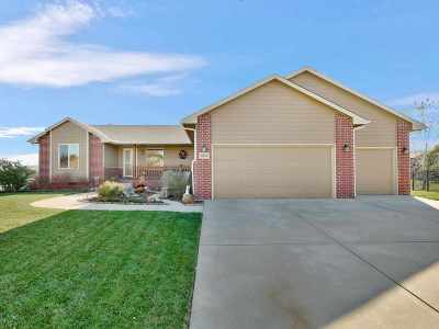 Wichita Single Family Home For Sale: 1945 N Bellick Ct