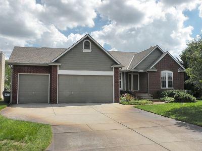 Wichita Single Family Home For Sale: 2424 Hazelwood Ct