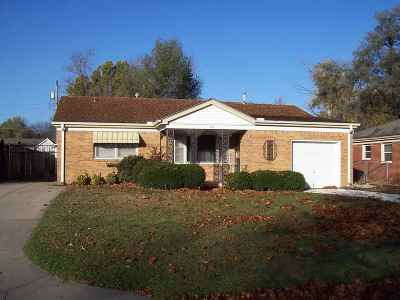 Haysville Single Family Home For Sale: 233 Hungerford Ave