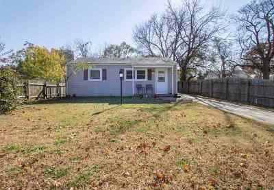 Mulvane Single Family Home For Sale: 423 E Vine St