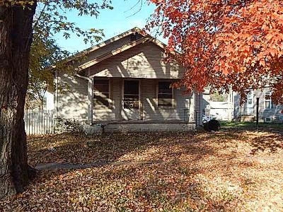 Arkansas City KS Single Family Home For Sale: $42,500
