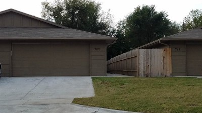 Wichita Single Family Home For Sale: 711 N Elder