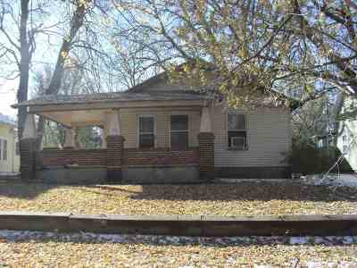 Arkansas City KS Single Family Home For Sale: $15,400