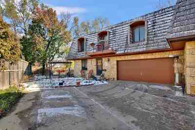 Wichita Single Family Home For Sale: 820 N Amidon Ave